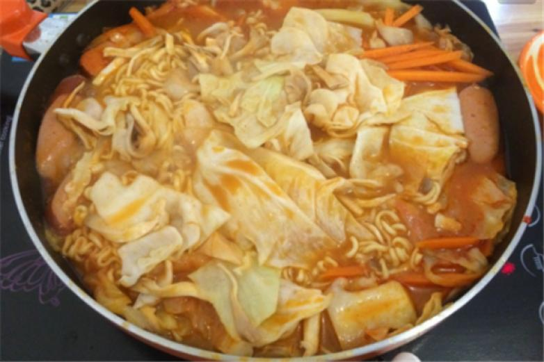 gogofood韩式年糕火锅加盟