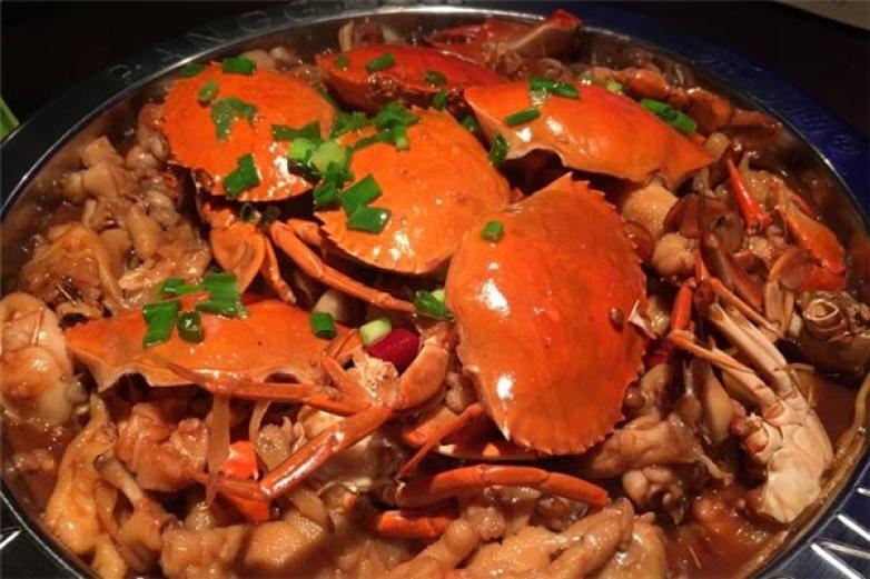 万达肉蟹煲加盟