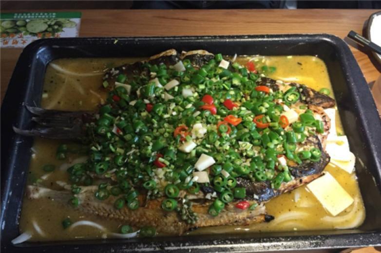 青花椒烤鱼加盟