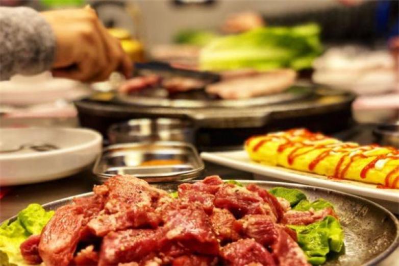 肉本家烤肉加盟