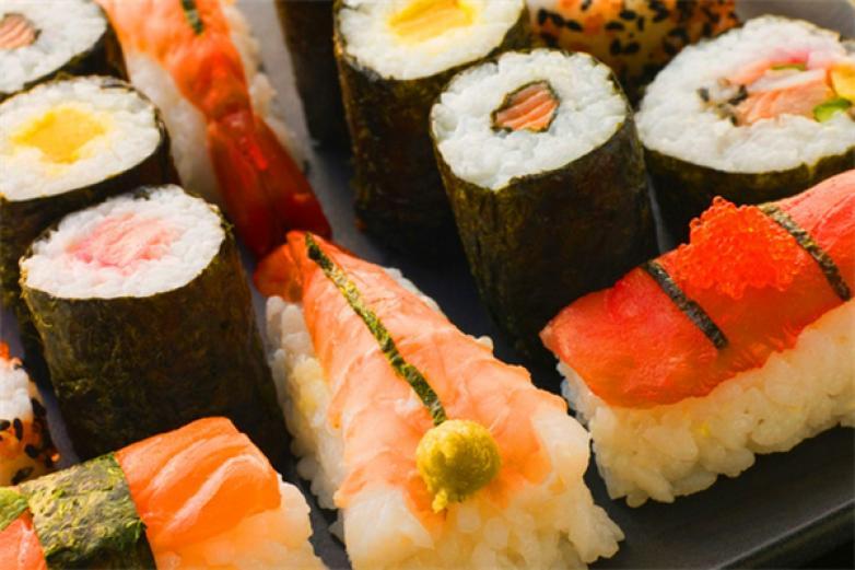 秋禾寿司加盟