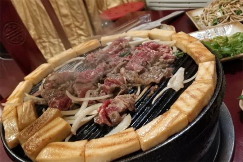 八旗烤肉加盟