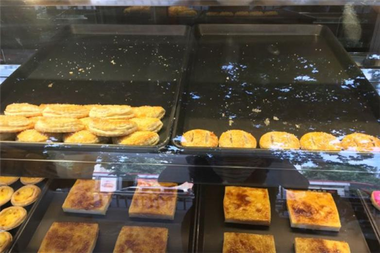 洪记恒香新西兰岩烧乳酪加盟