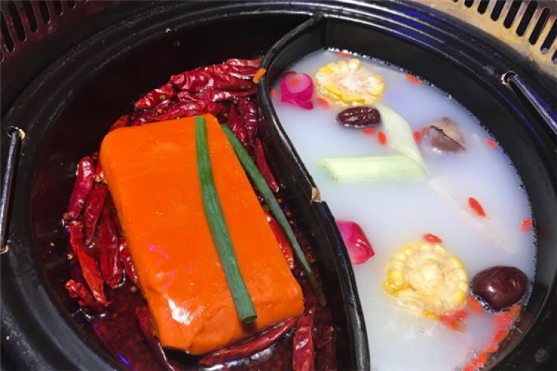 花十七格调火锅餐吧加盟