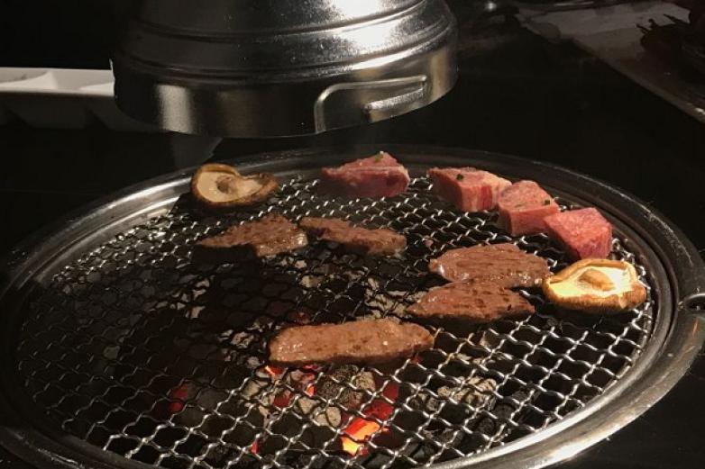 桢极炙烤肉