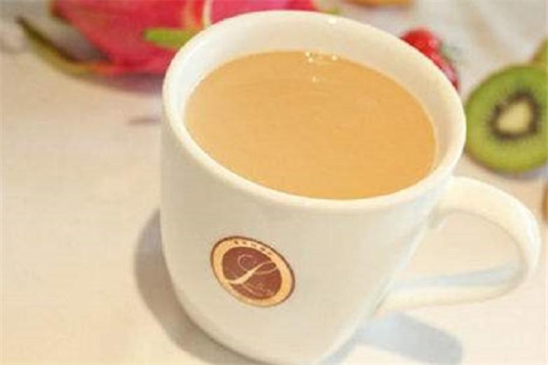 萃哆纷奶茶加盟