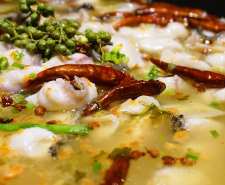 老城外老壇酸菜魚