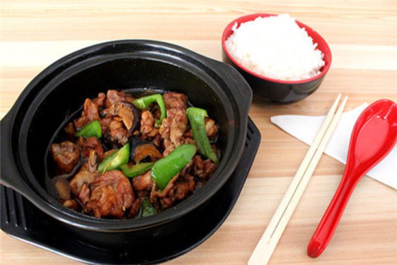 黄焖鸡米饭红烧牛肉面加盟