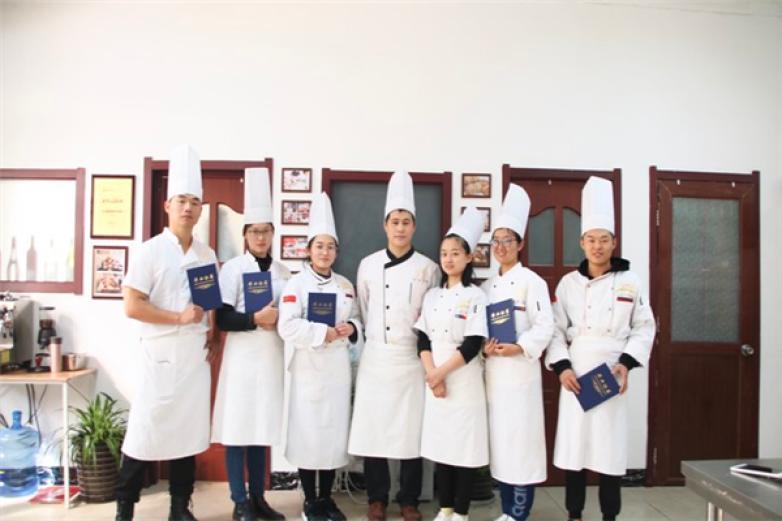 北方麦场烘焙学院加盟