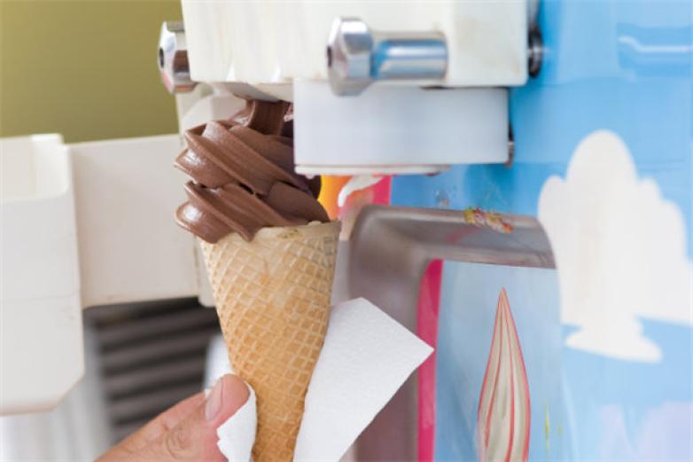 全自助冰淇淋机加盟