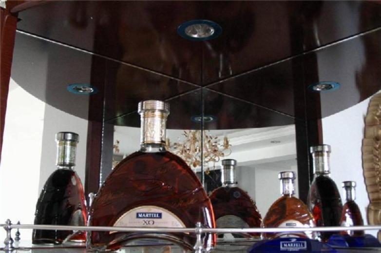 路易十六酒加盟