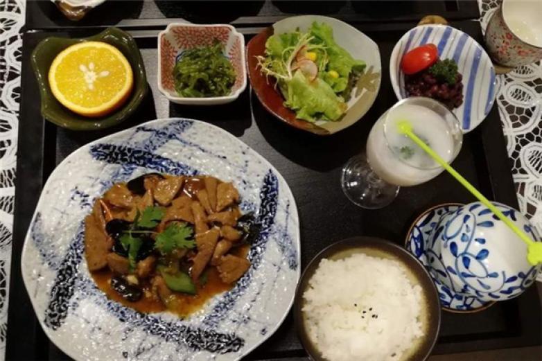 木马童话黑暗餐厅加盟