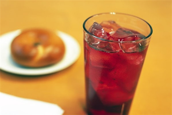 奶茶是当前热销的饮品