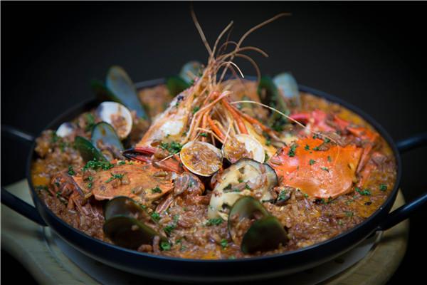 海鲜是畅销市场的美食