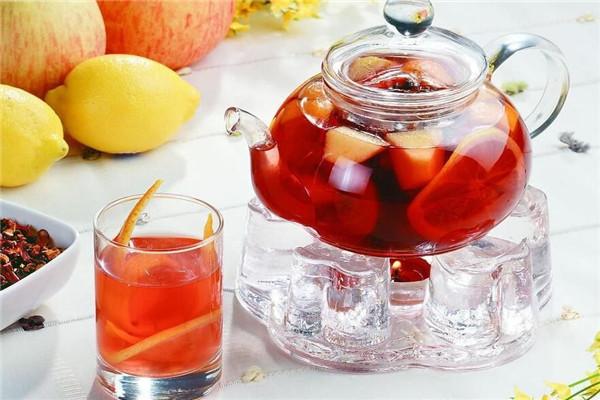 奶茶是畅销市场的饮品