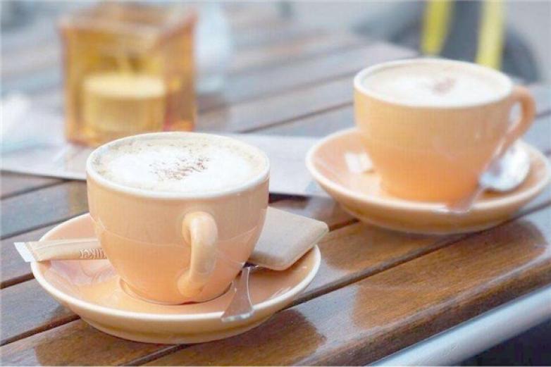 初见咖啡加盟