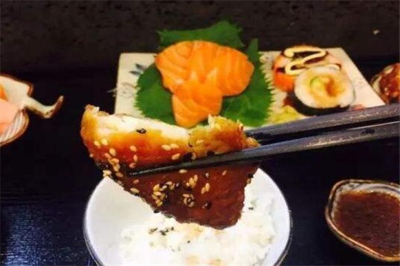 南京吃货大食堂加盟