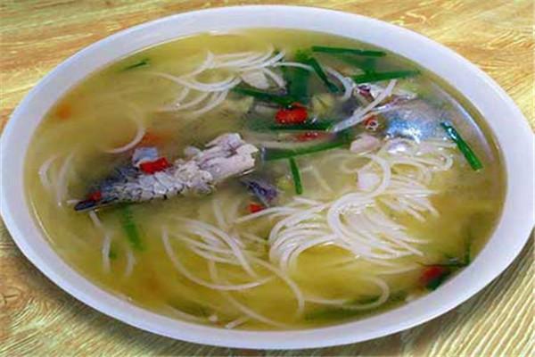 广西酸菜鱼粉选用新鲜食材为原料