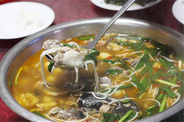 广西酸菜鱼粉是畅销市场多年的餐品