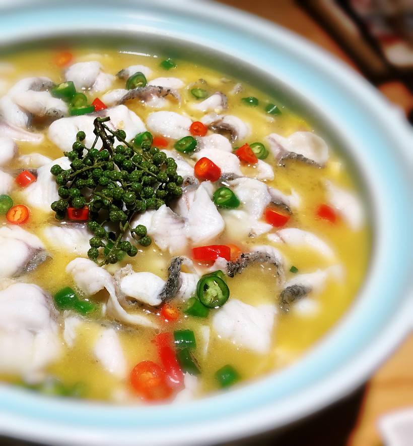 鱼小嫩酸菜鱼米饭