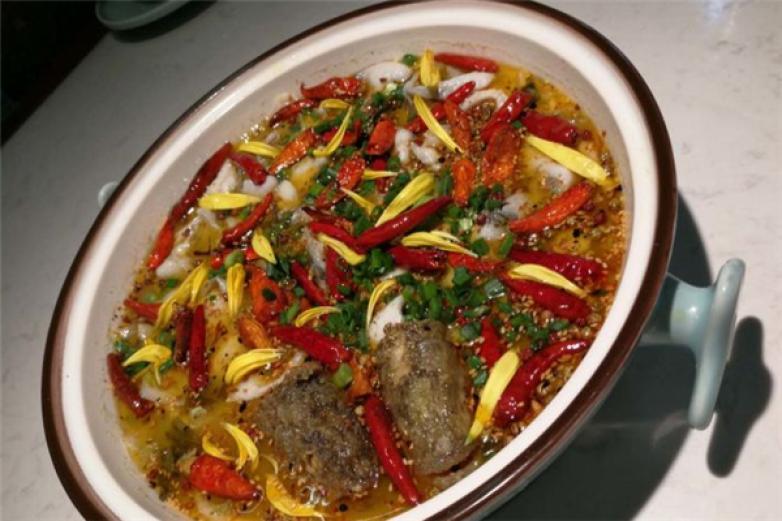 花椒燚酸菜鱼加盟