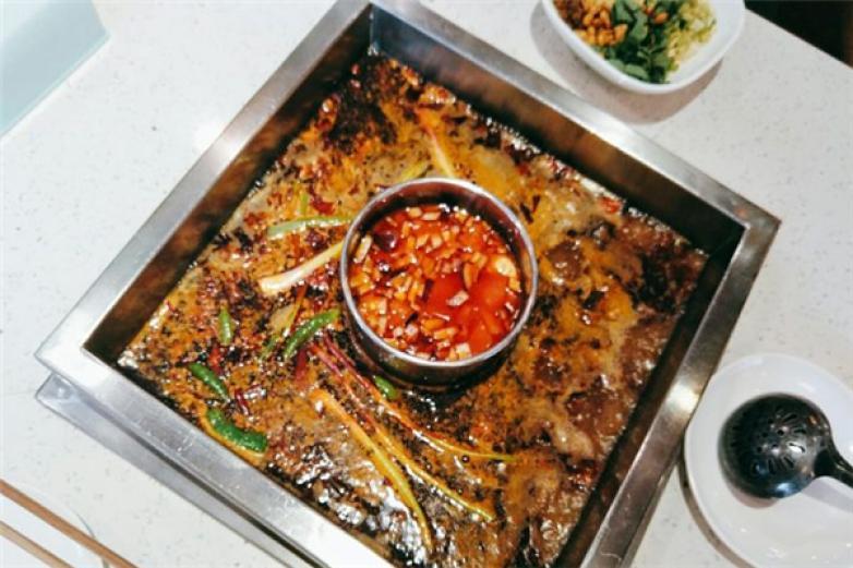 味当家鱼头火锅加盟