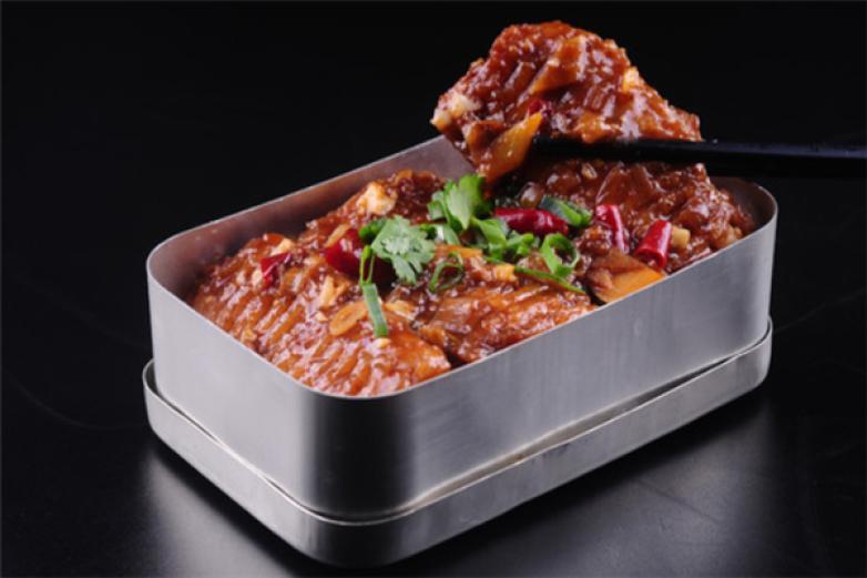老饭盒炖肉加盟