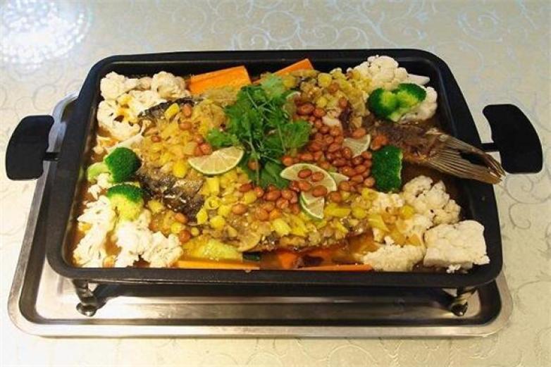 鱼八方烤鱼饭加盟