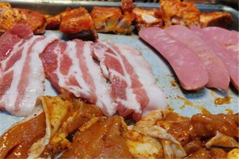 东北富太雅烤肉加盟