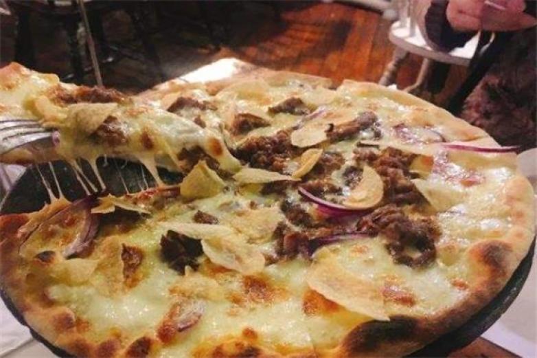 热那亚牛肉披萨加盟
