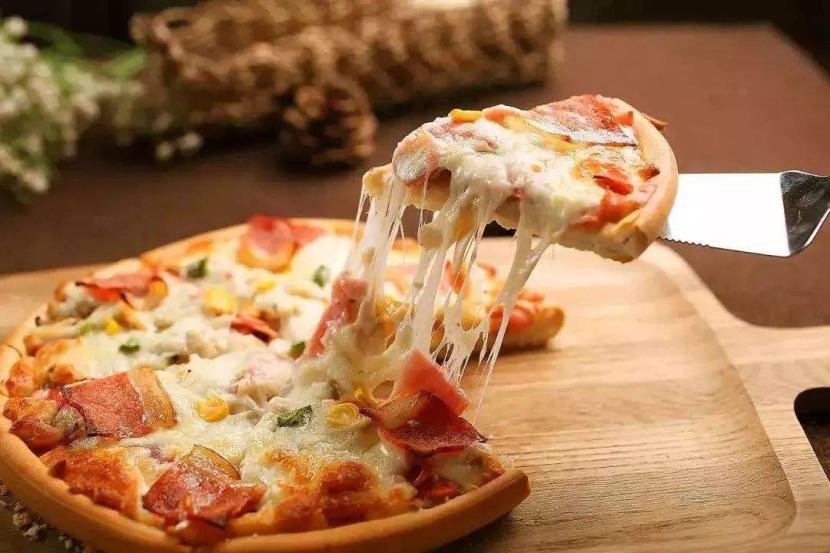 愛八寸披薩加盟