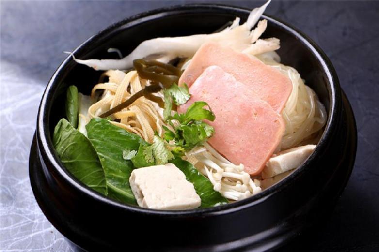 陈净砂锅米线加盟