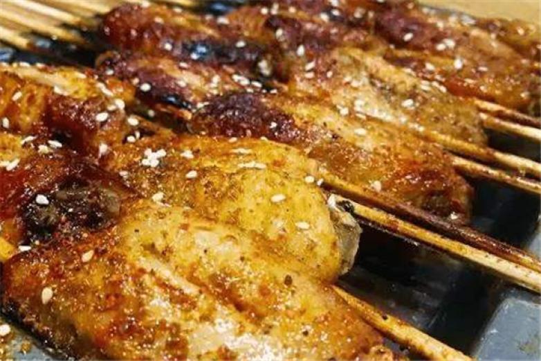 包黑炭海鲜牛排自助烤肉加盟
