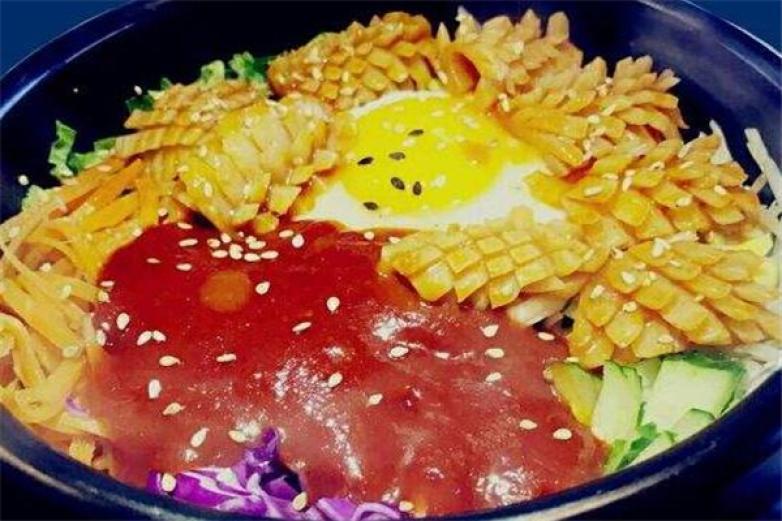 知味石锅拌饭加盟