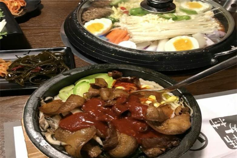韩炉村休闲餐厅加盟