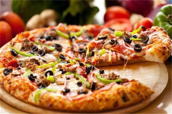 101披萨加盟费要多少