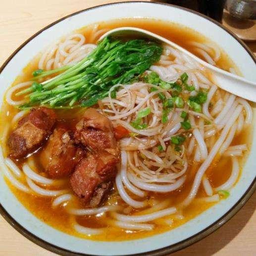 川孃孃酸菜鱼头米线