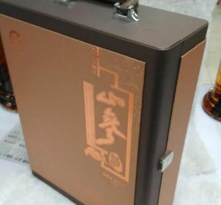 老山参保健酒