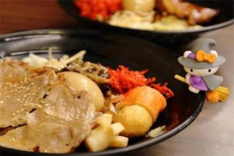 豚虎日式烧丼饭加盟