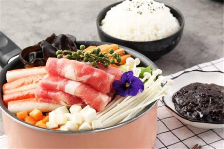 七把九焖锅饭加盟
