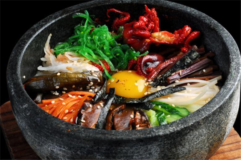 韩釜石锅拌饭加盟