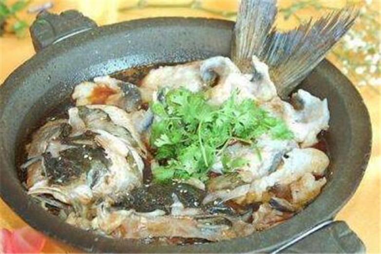 蒸蒸日尚石锅鱼加盟