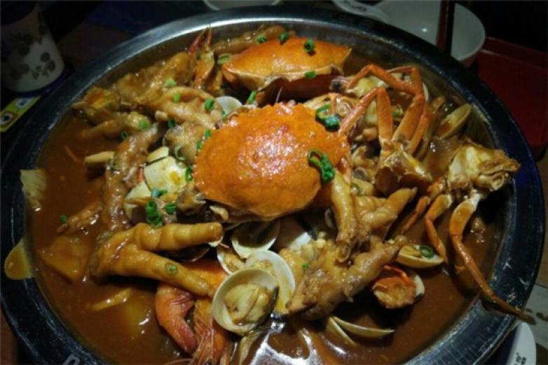 蟹知府肉蟹煲加盟