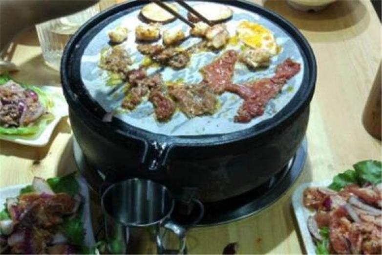 柒酒烤肉加盟