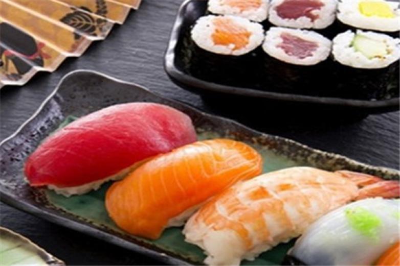 唯谦回转寿司加盟