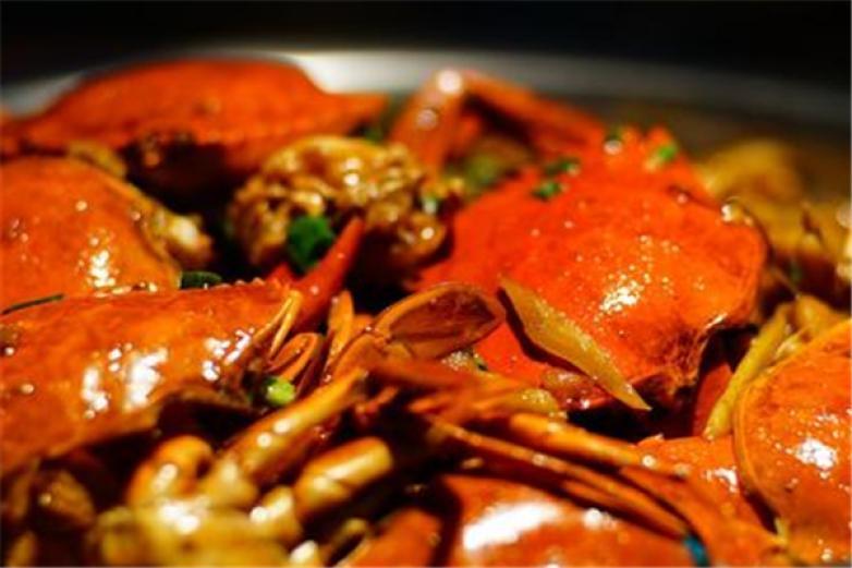 味霸王肉蟹煲加盟