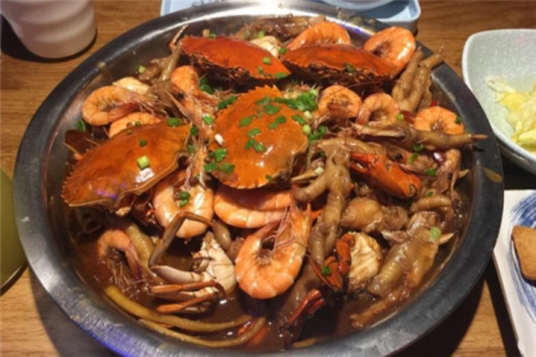 卤福记肉蟹煲加盟