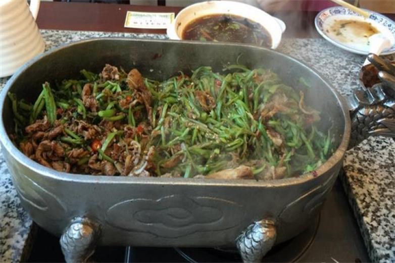 龙饮肴太子锅加盟