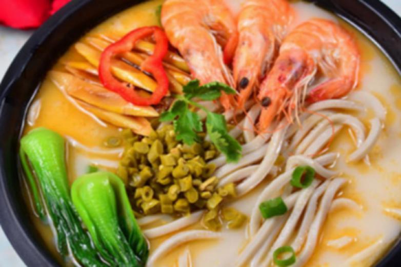 食面族中式快餐加盟