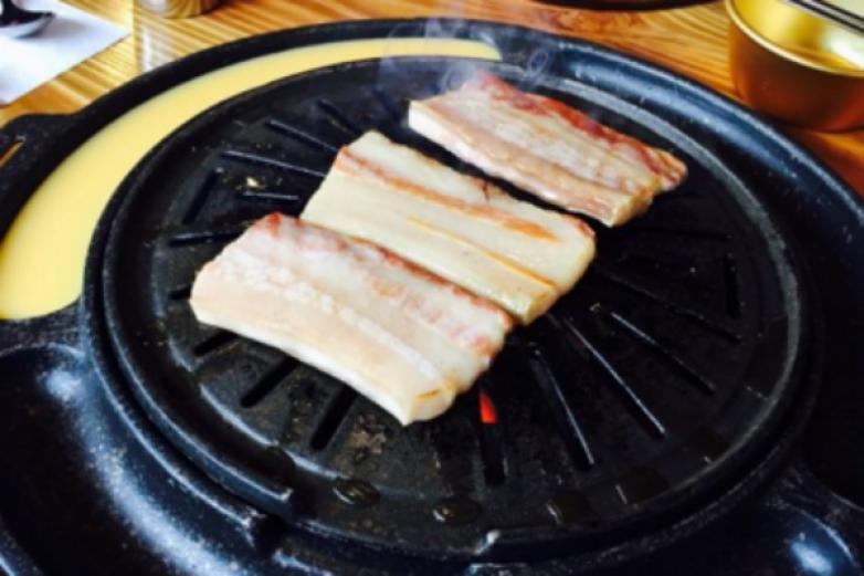 火炉时代碳烤肉加盟